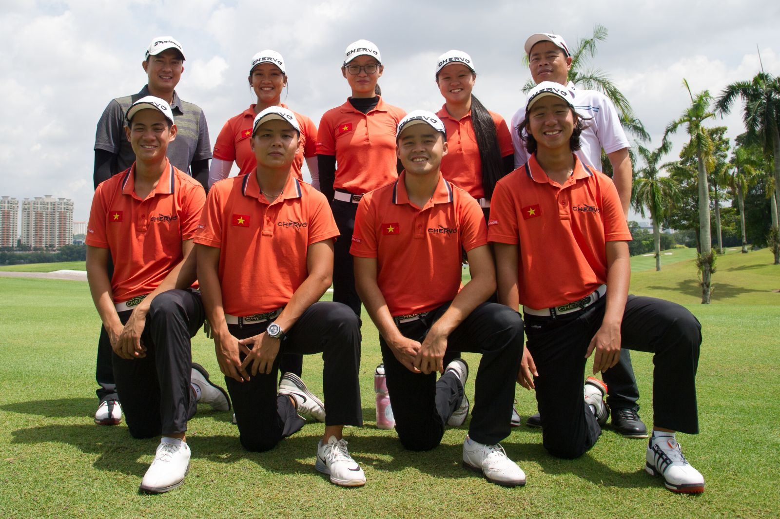 HS Golf and Chervo sponsor Vietnam Golf team in uniform at SEA Games 29